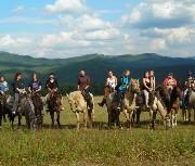 Топ-7 мест для конного туризма в России